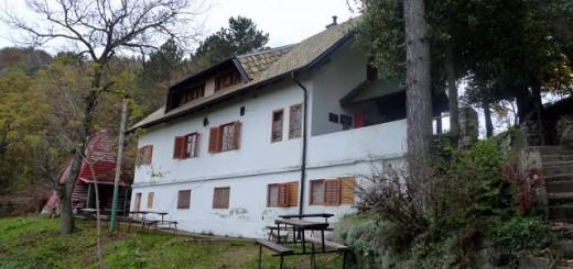 Dom Oštrc