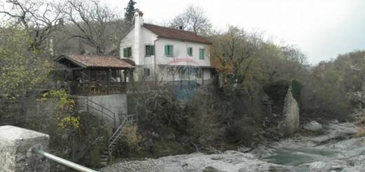 kuca-slapovima-rijeke-mirne-180m2-slika-28218888